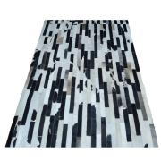 Tapete de Couro Quadriculado 1,52x1,96 Preto e Branco