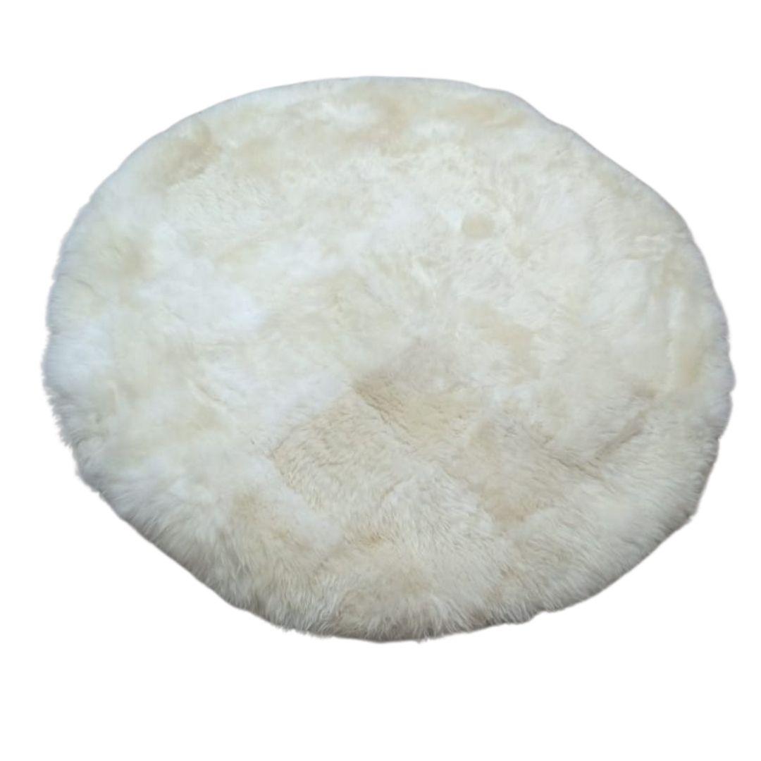 Tapete de Carneiro(Ovelha) com Lã Natural  Redondo Aprox. 1,20m de diam  Branco