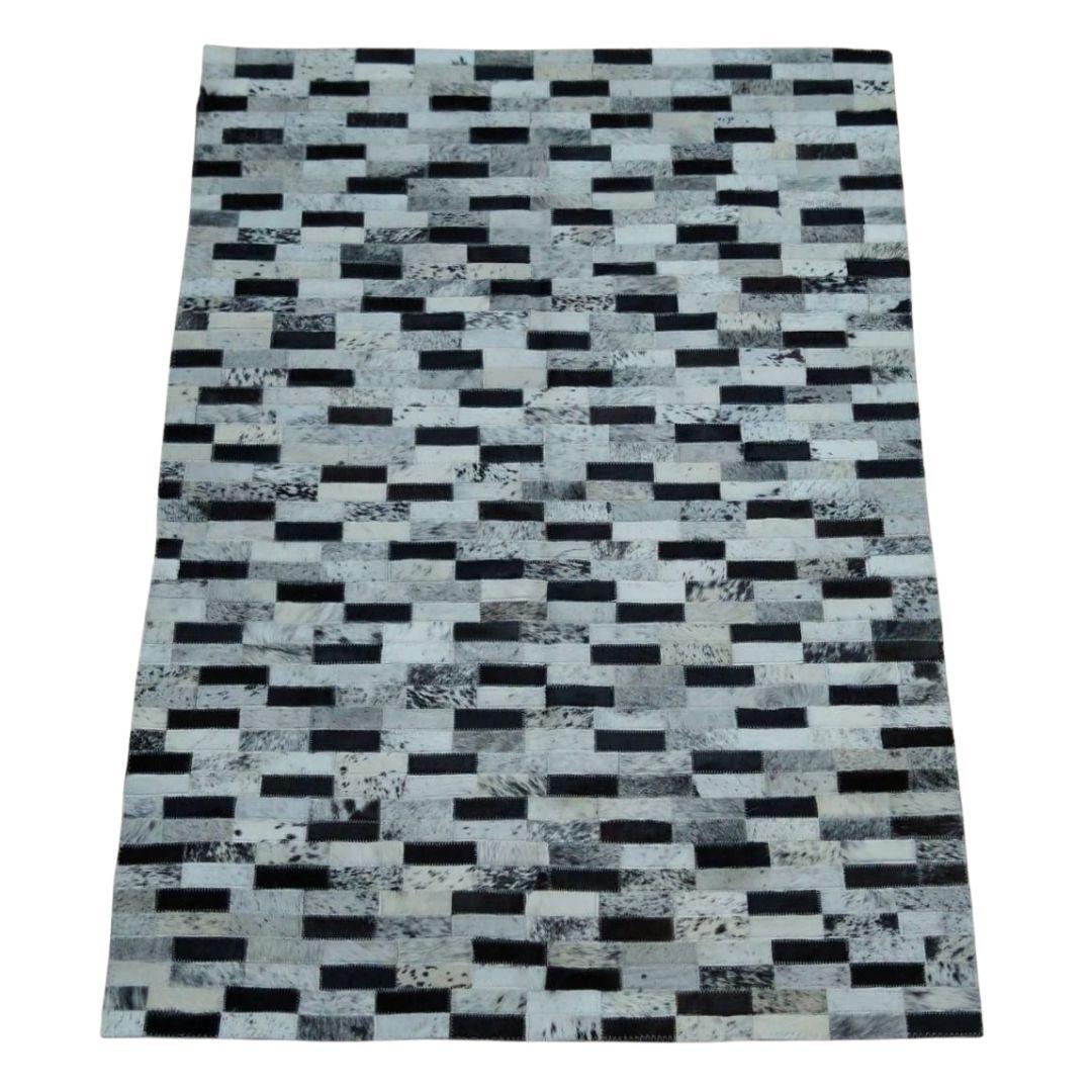 Tapete de Couro Quadriculado 1,00x1,45 Preto e Branco
