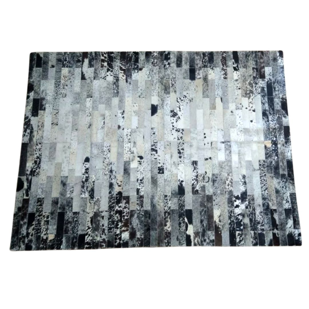 Tapete de Couro Quadriculado 1,45x2,00 Mesclado Preto e Branco