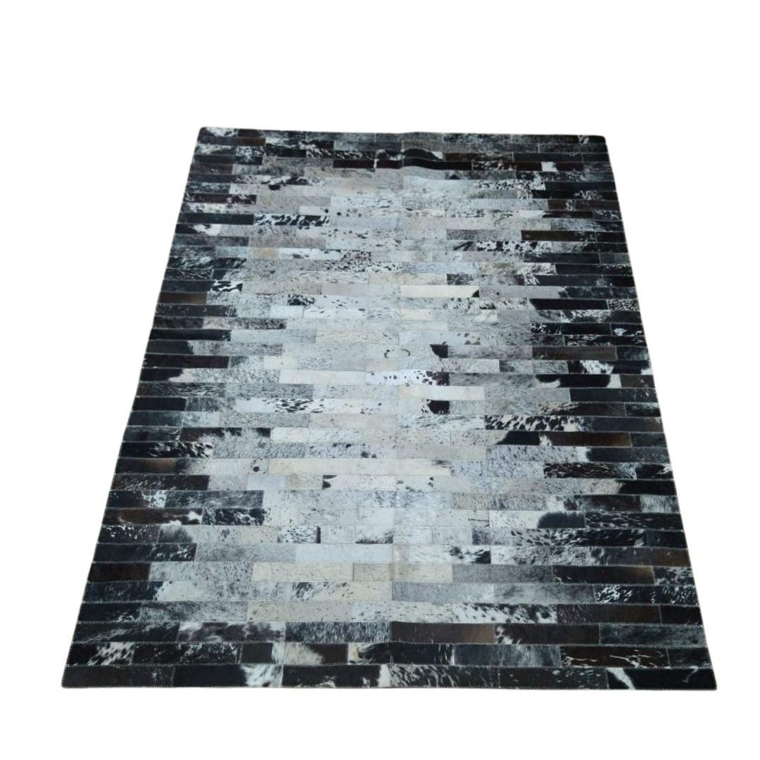 Tapete de Couro Quadriculado  1,50x2,00 Mesclado Preto e Branco