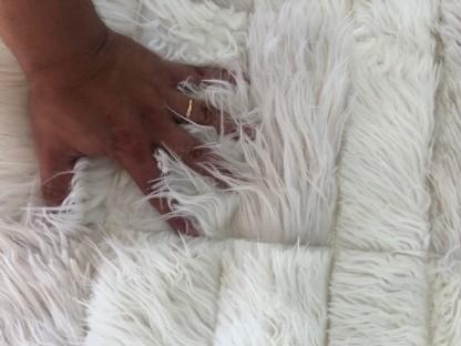 Tapete Importado Sintetico 2,45x3,00m Branco