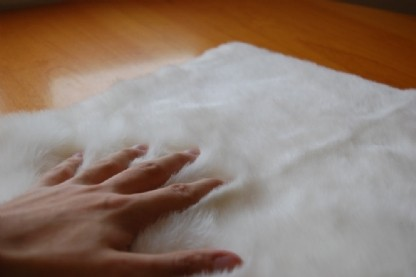 Tapete Sintetico Importado 0.70x2.25m Branco formato Trilho c/ Antiderrapante