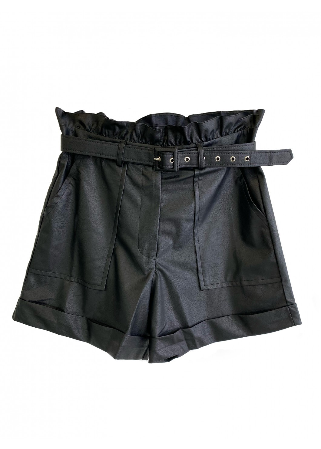 Shorts LIA Preto