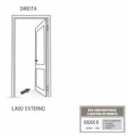 Porta Pivotante de Alumínio com Puxador sem Friso 215x105D - INATIVO
