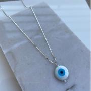Corrente de prata com olho grego de madrepérola