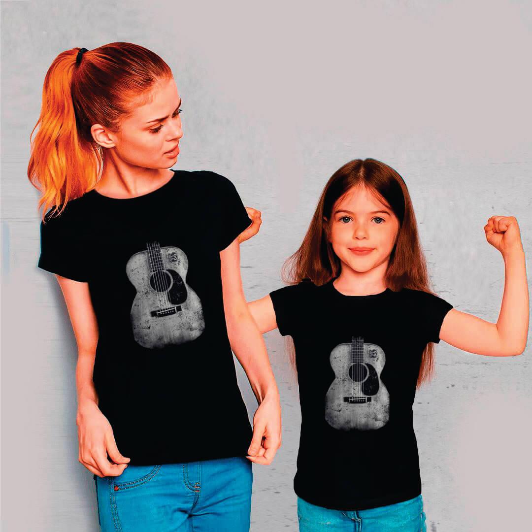 Kit Camisetas Mãe e Filha Violão