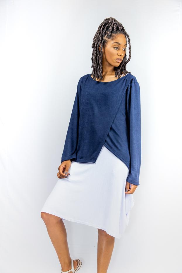 Blusa manga longa assimétrica transpassada - LIBERIA