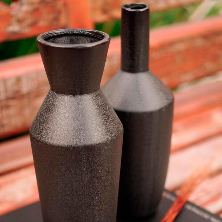 Vaso Preto Bell A 25 Cm