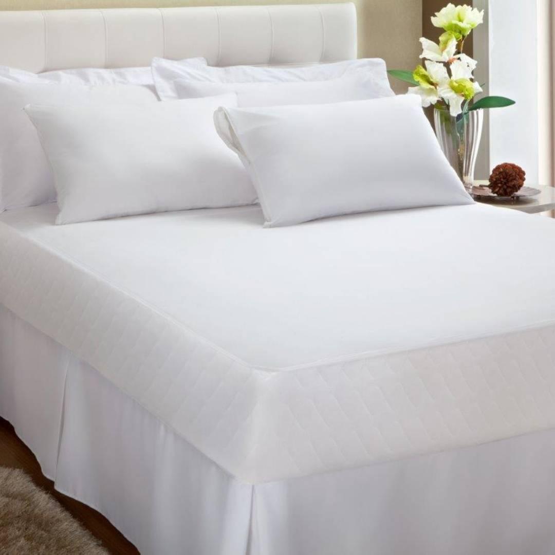 Protetor de Colchão Queen 100% Algodão Impermeável Malha Antialérgico Kacyumara Branco Liso