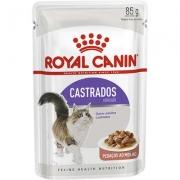 Alimento úmido  Feline Sterilised para Gatos Castrados Pedaços ao molho 85g -Royal Canin