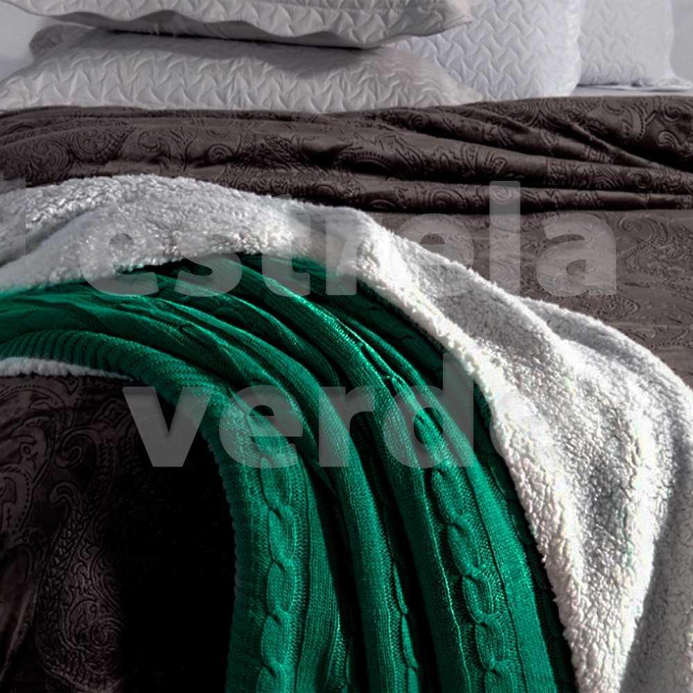 MANTA TRICOT TRANCADA VERDE SHERPA 1,27X1,52  - Estrela Verde