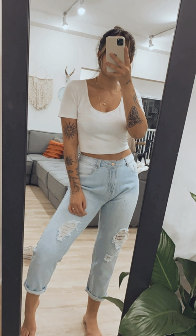 Mom Jeans | Destroyed