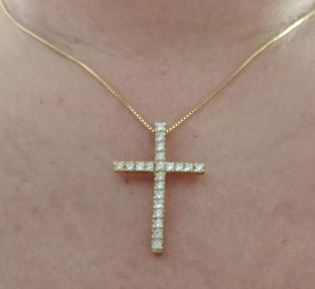 Pingente cruz cravejado