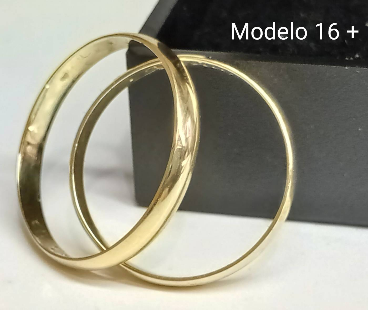 Modelo 16 +
