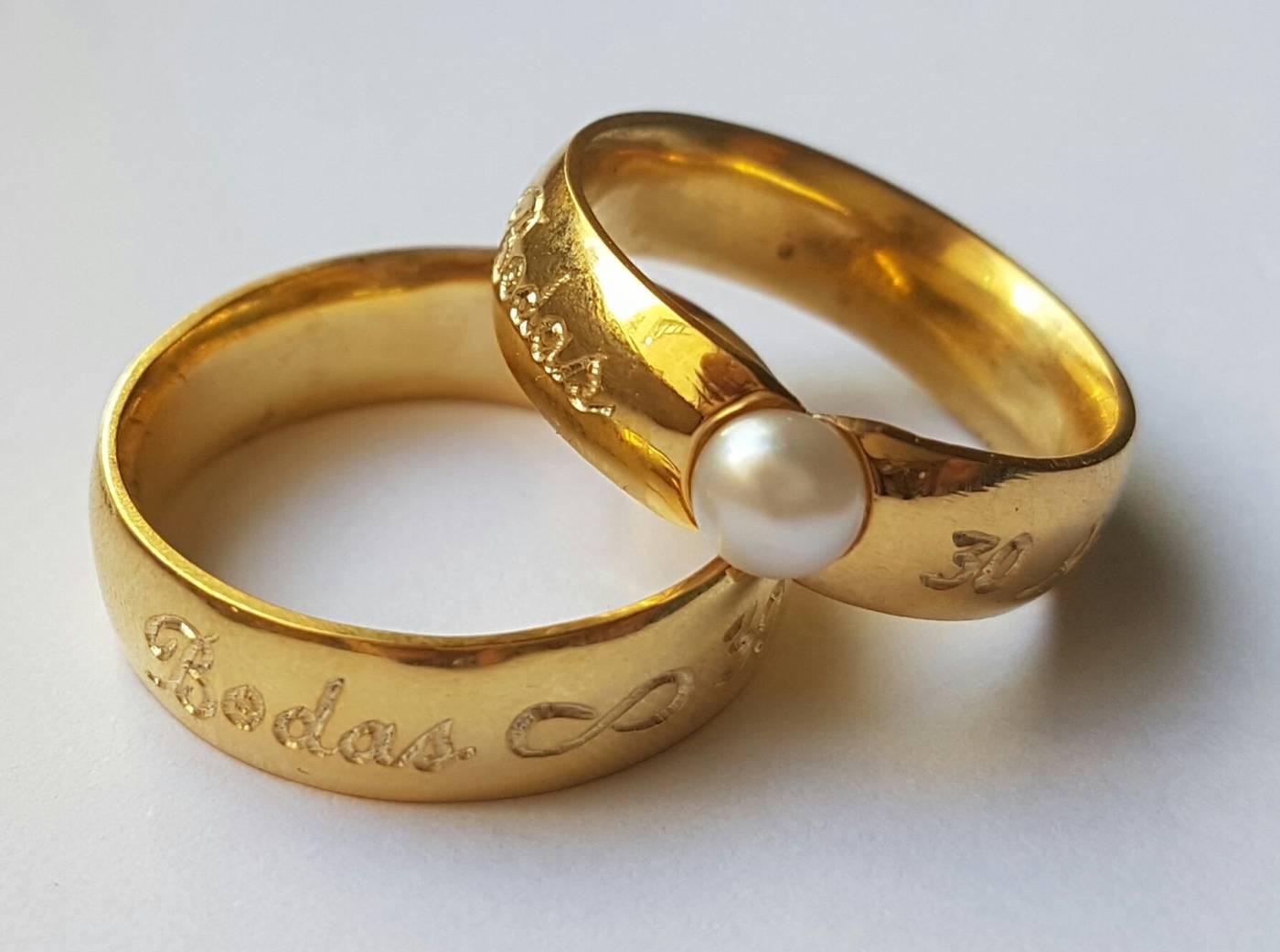 Modelo 384 - Aliança bodas de pérola