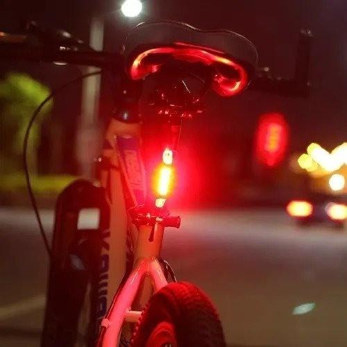 Pisca Traseiro Bike Luz Traseira 5leds - Recarregável