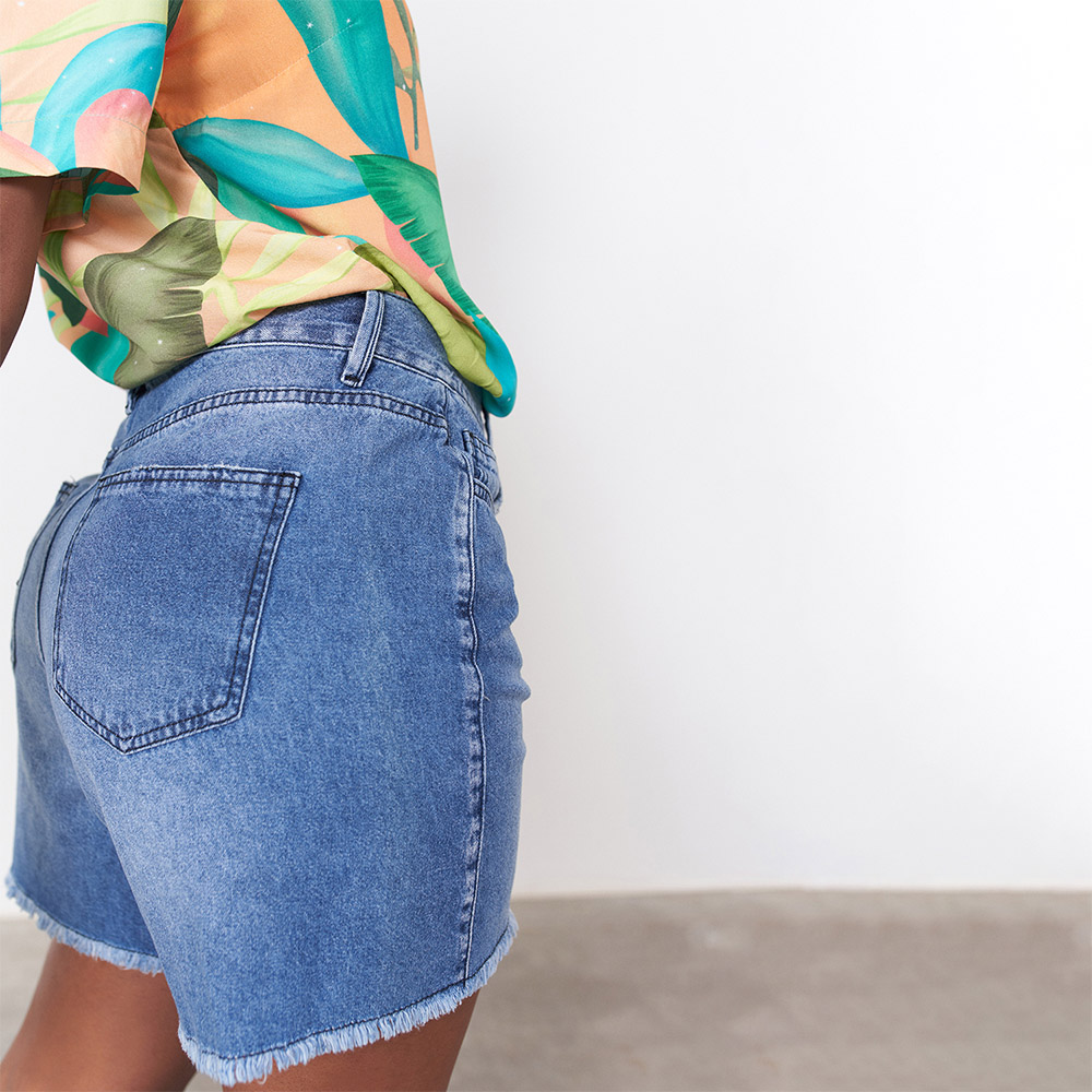 Short Jeans Tipo Bermuda