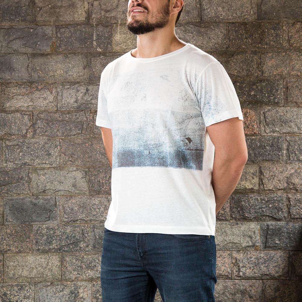 Camiseta Abstrata Branca