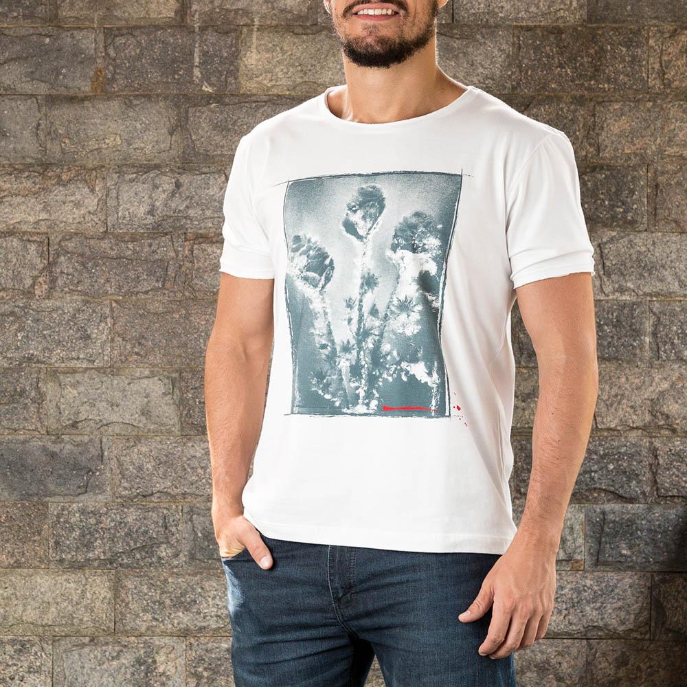 Camiseta Flowers Branca