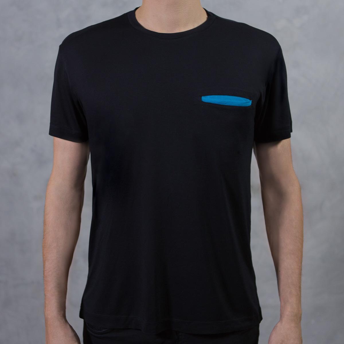 Camiseta Pocket Preta