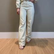 Calça reta color Off white -