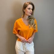 T-shirt over decote V ribana Laranja -