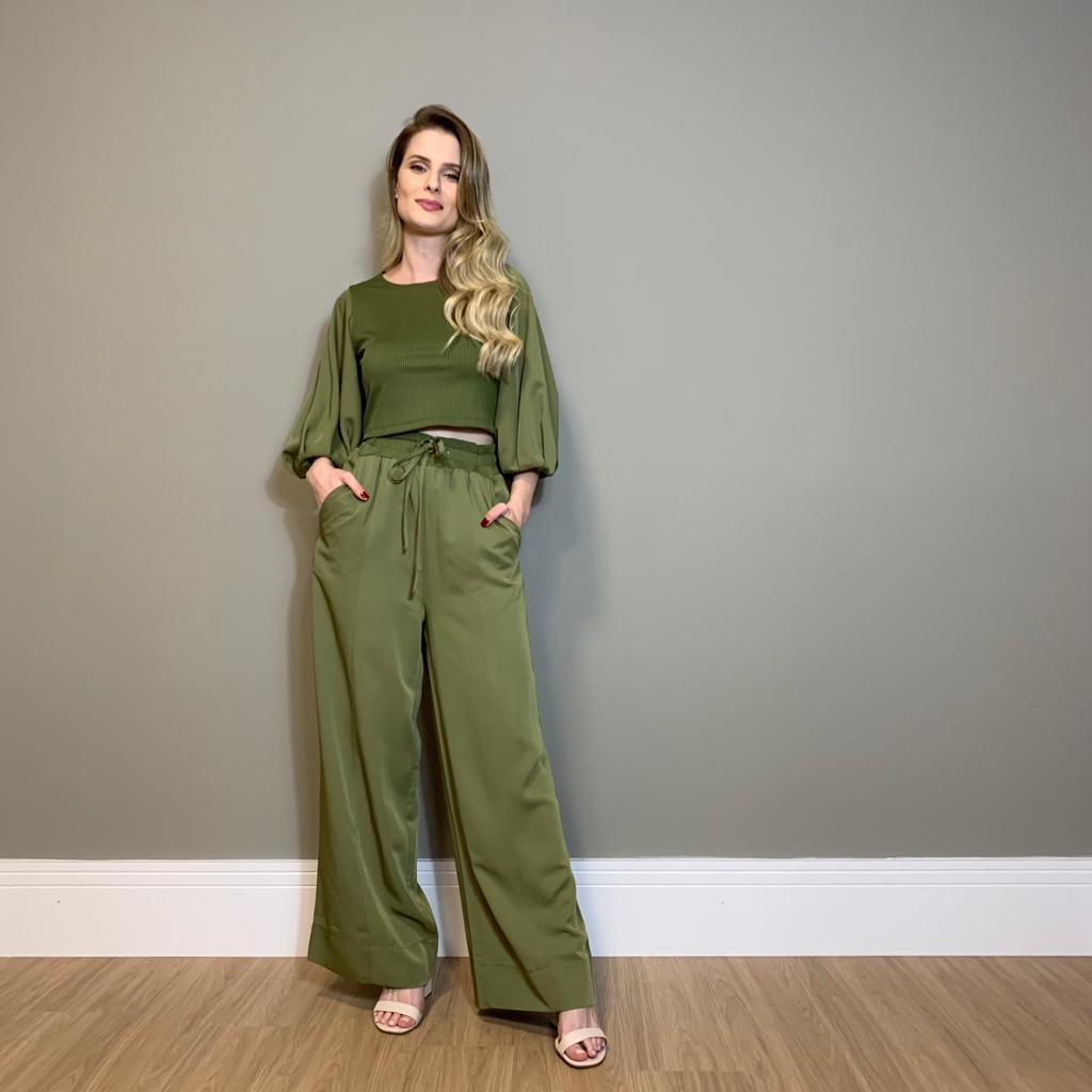 Conjunto blusa e calça crepe Verde -