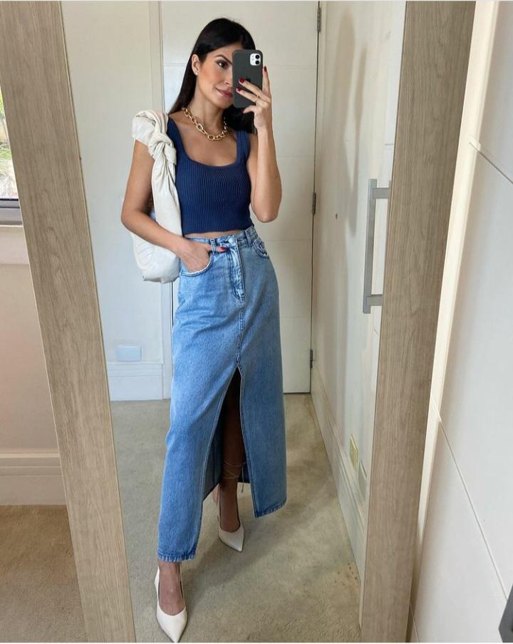 Saia reta jeans Azul -