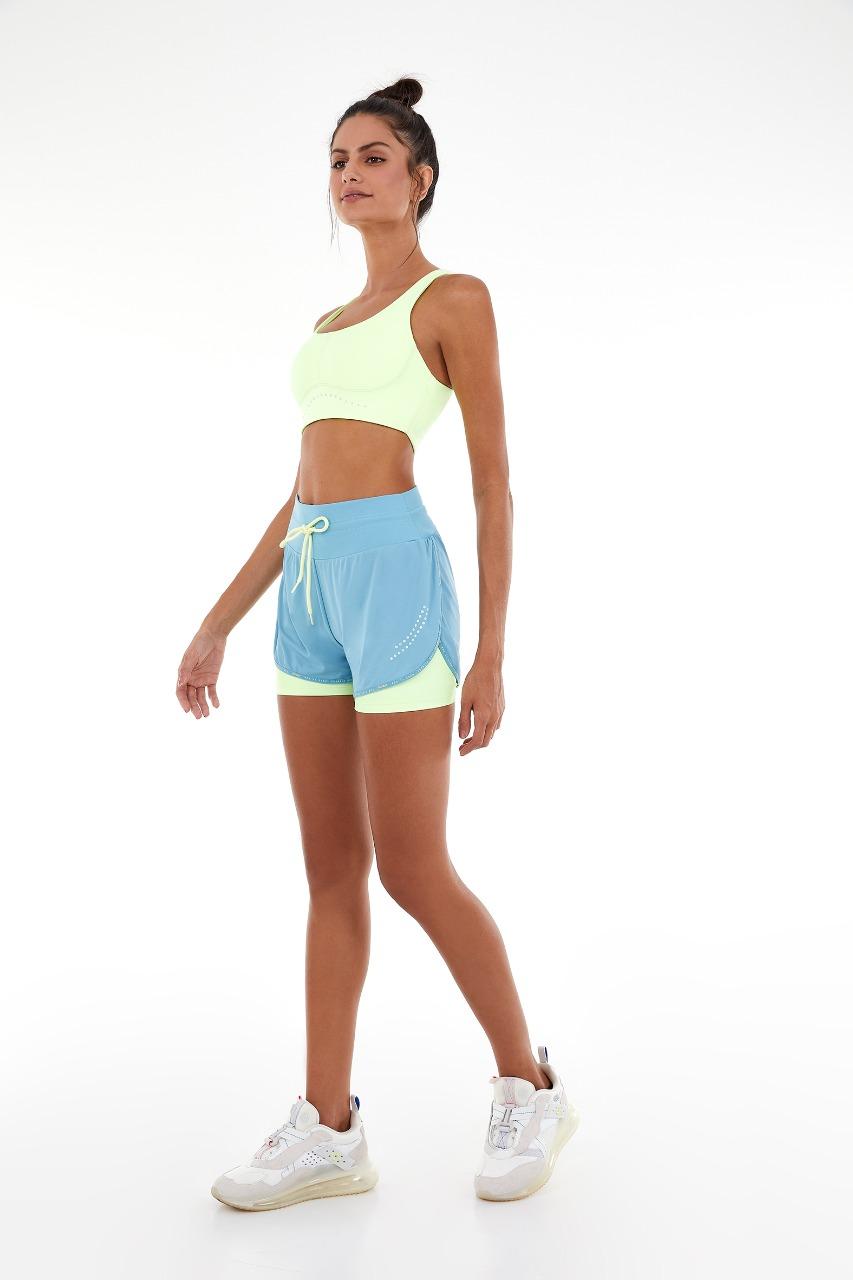 Shorts sobreposto skin fit cós blackout Azul -