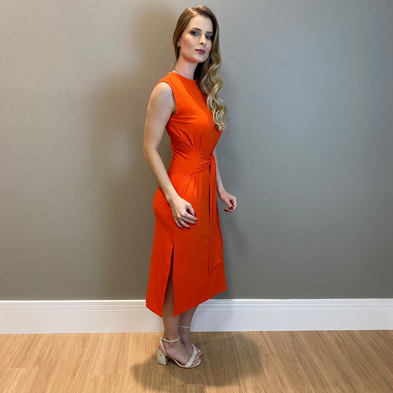 Vestido canelado c/ faixa Laranja -