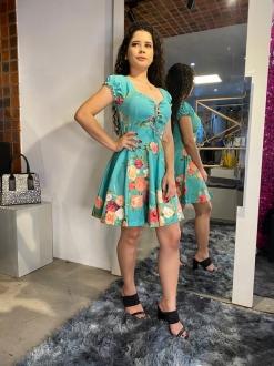Vestido Florido com Manga Bufante