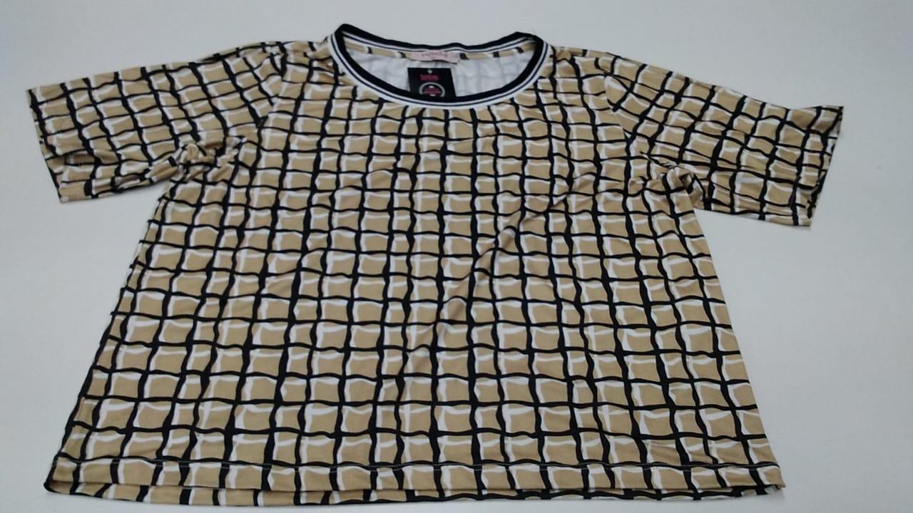 Blusa Quadrado Bege/Preta