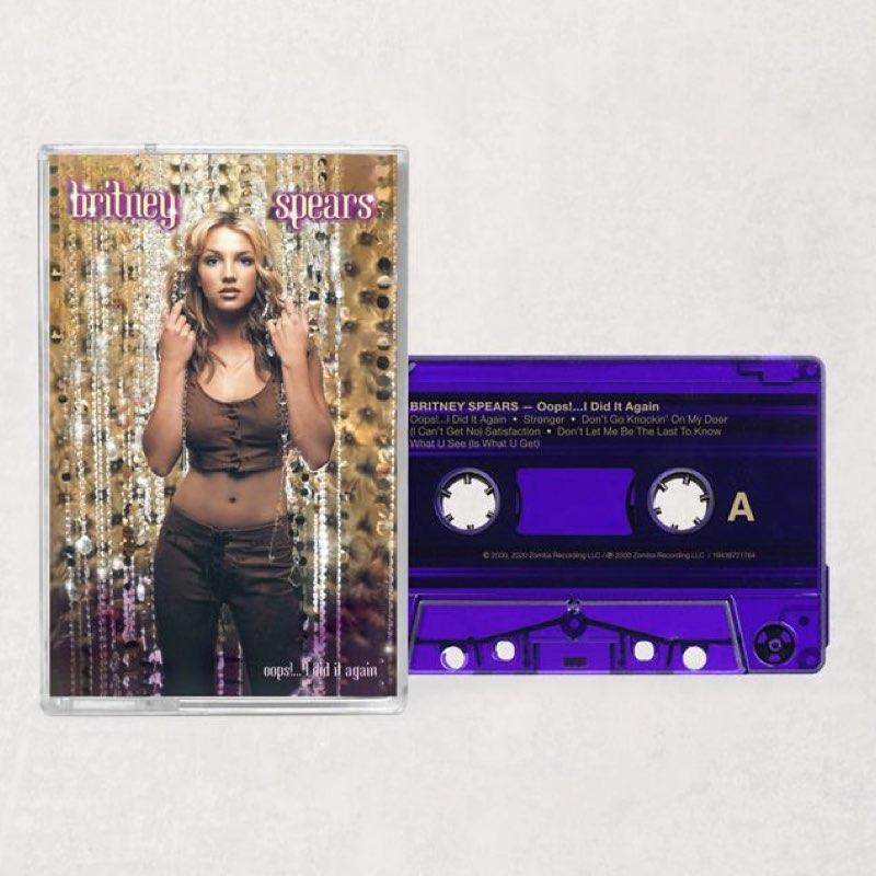 Britney Spears - Oops!... I Did it Again [Cassete Lilás]