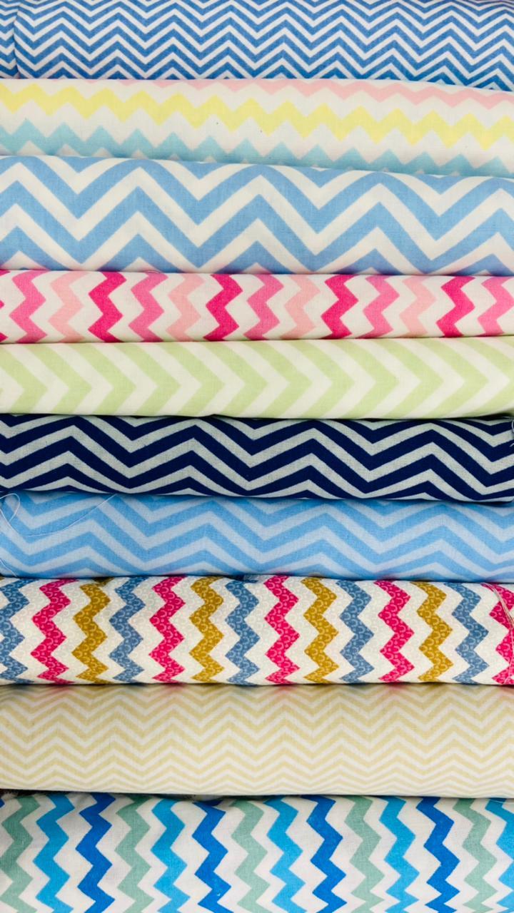 Kit tecido tricoline 100% algodão c/ 10 peças de 0,50x0,70cm de cada estampa