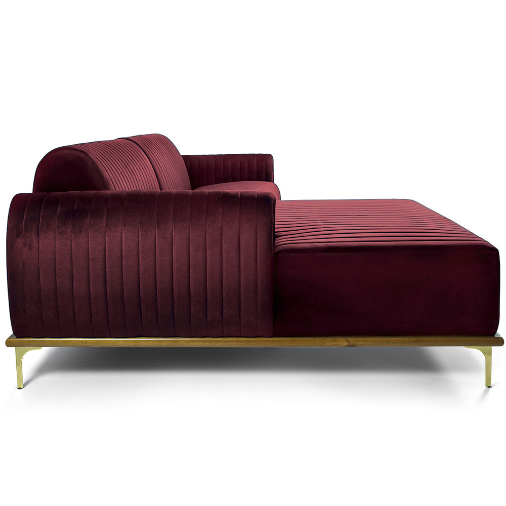 Sofá 04 Lugares 230 cm Chaise Direito Molino Base Madeira Pés Gold Veludo Marsala - casaepoltrona