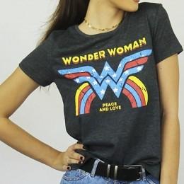 Camiseta Feminina Wonder Woman Peace and Love