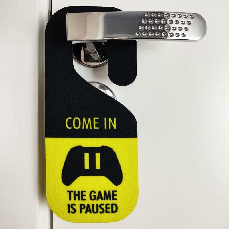 Aviso de Porta Gamer At Work