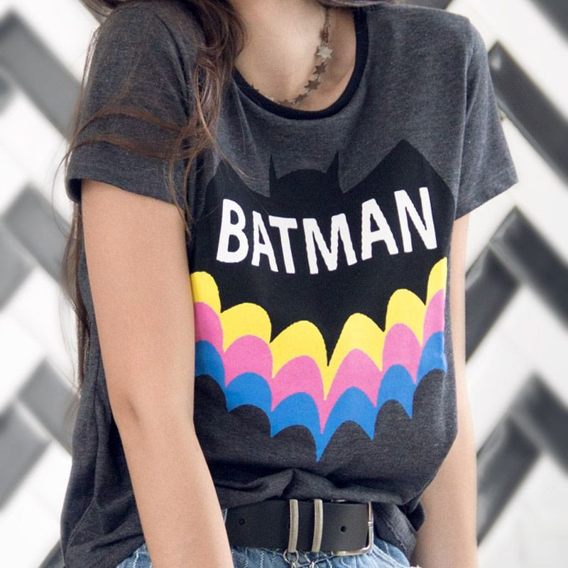 Camiseta Feminina Batman Rainbow