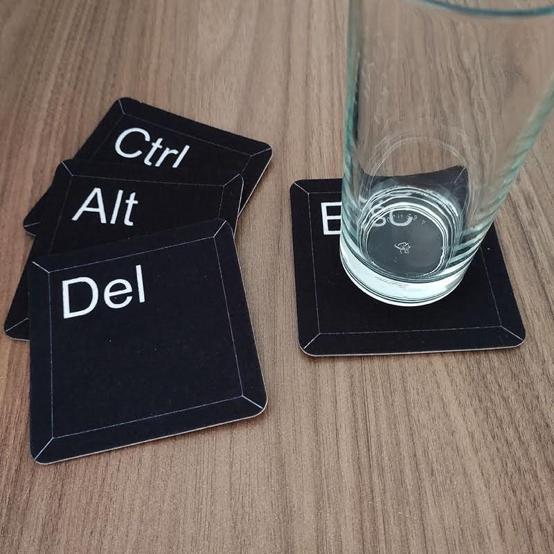 Jogo de Porta Copos Teclas