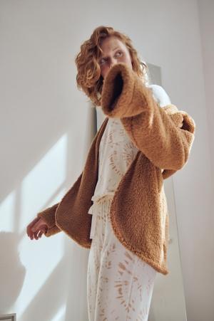 Cor com amor casaco em soft com capuz 11170
