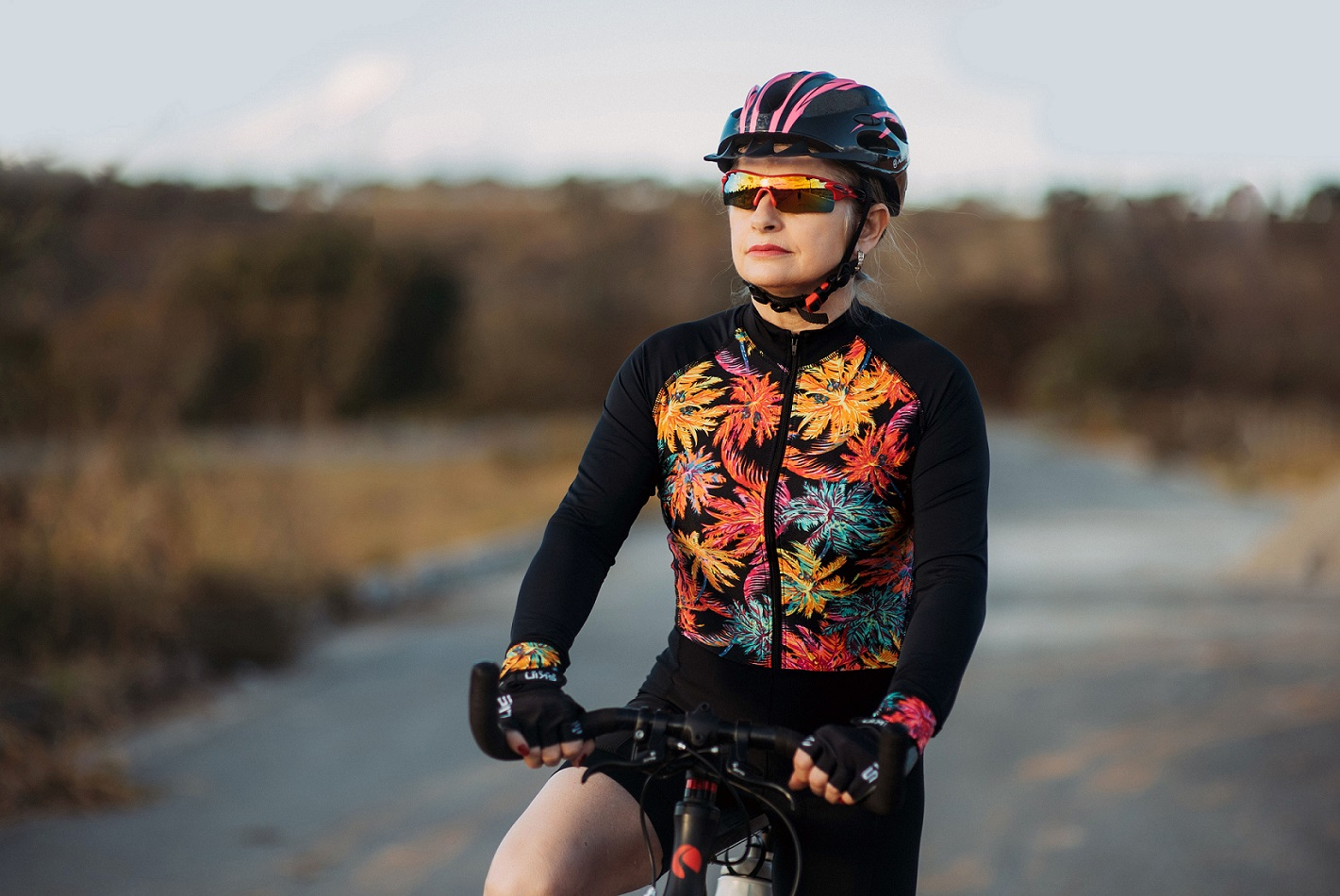 Macaquinho feminino para ciclismo