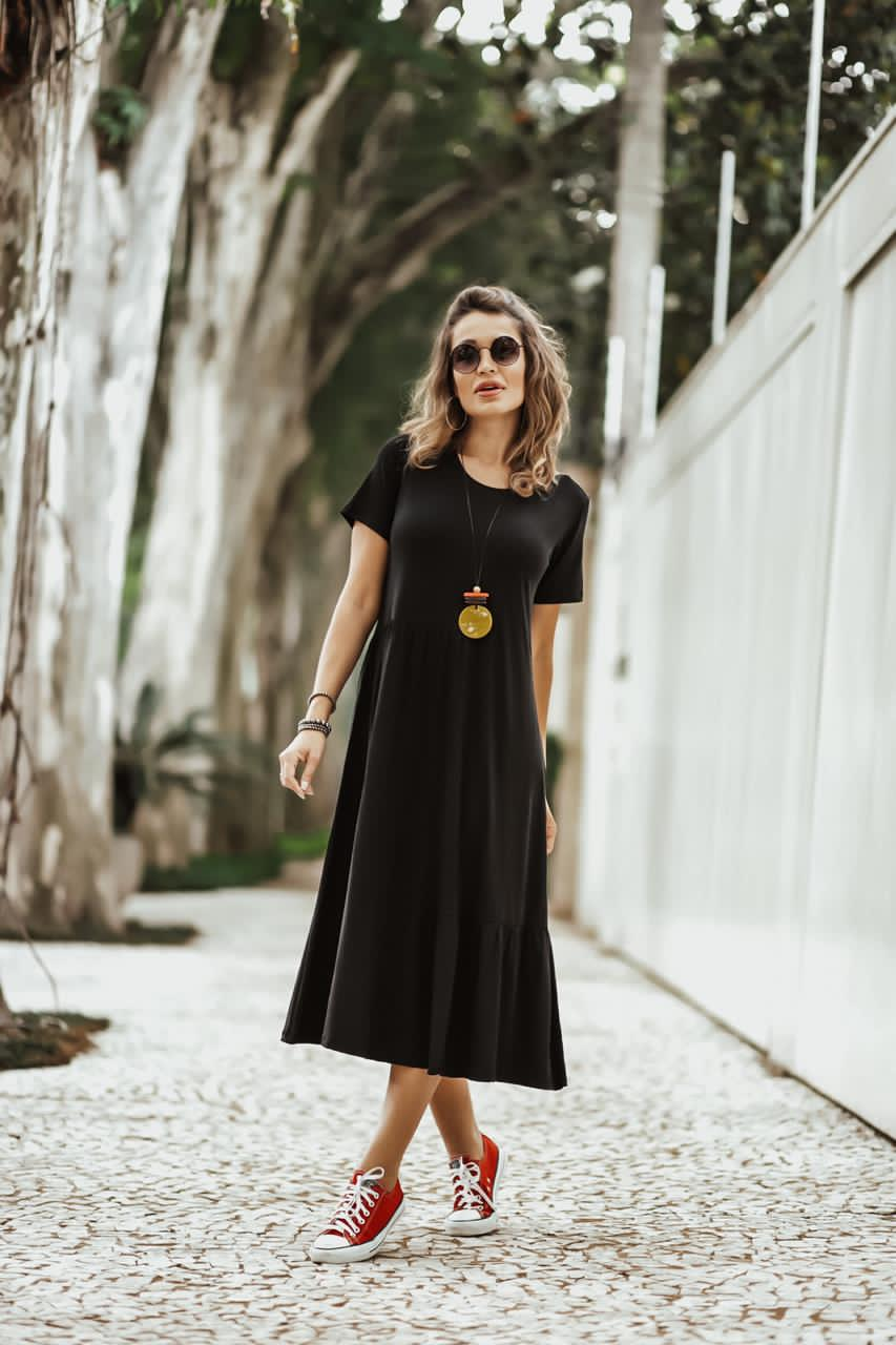 Vestido Midi Paula Recortes Preto   - Mariáz