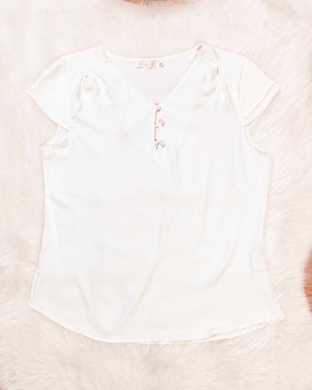 Blusa Plus Size Decote Com Botão - Road Mel