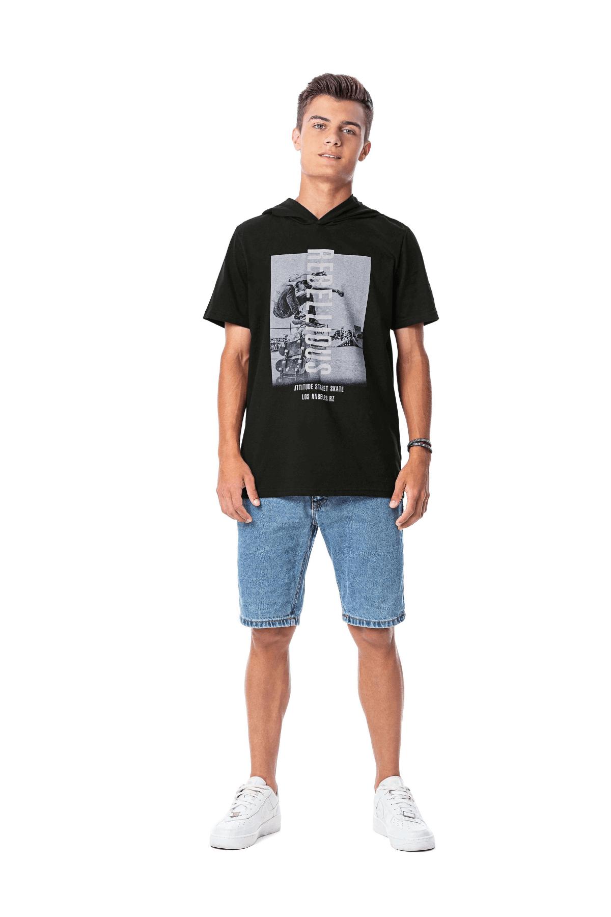 Camiseta Juvenil com Capuz Rebelions - Rezzato