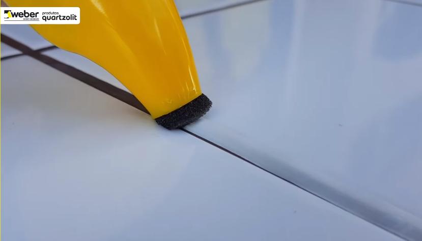 Rejunte Quartzolit Renova Fácil 120ml Branco  - Casa Mattos