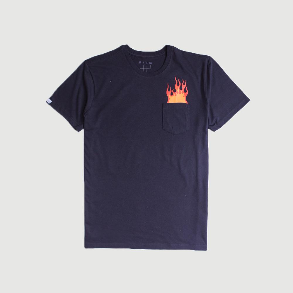 Camiseta Masc. c/ Bolso Chevrolet Stock Car Flames - Preta
