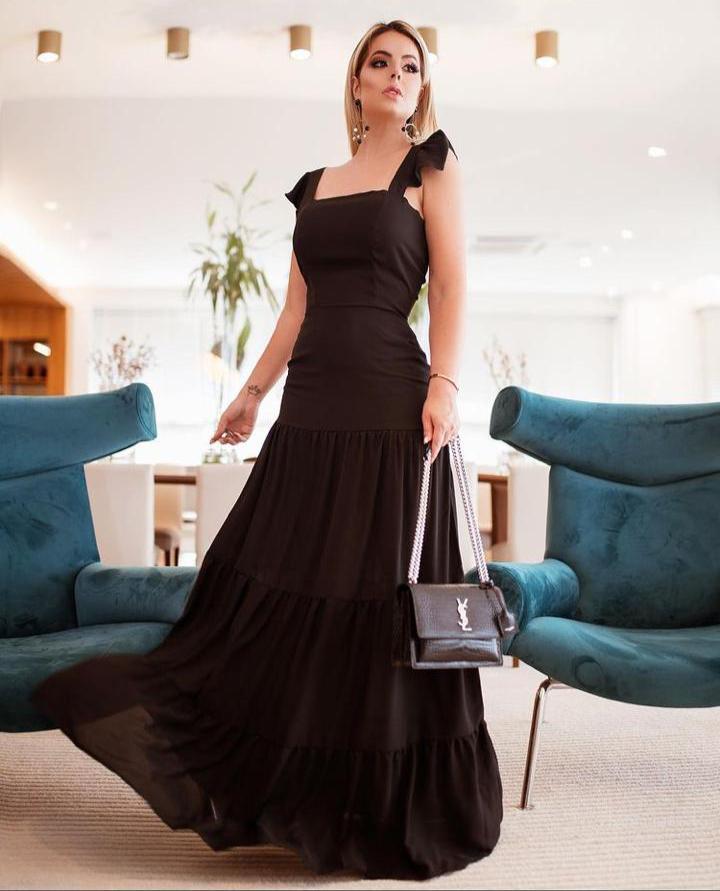Vestido Longo Detalhes Alça preto