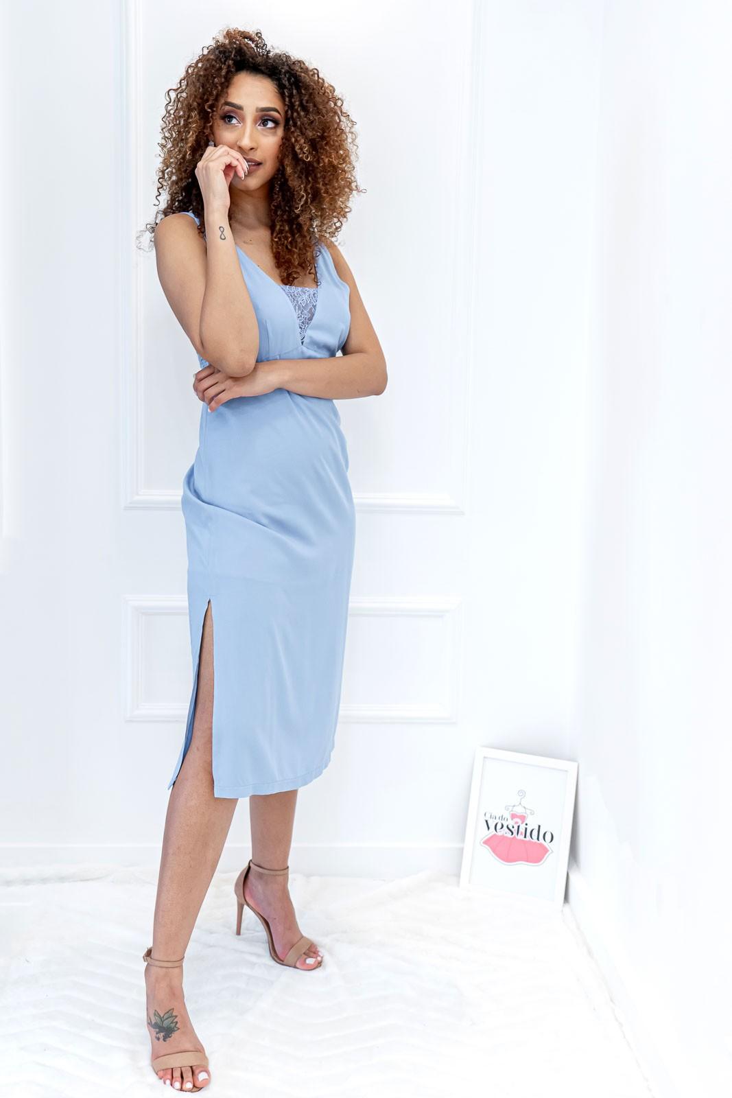 Vestido Midi Reto com Fenda Lateral Azul