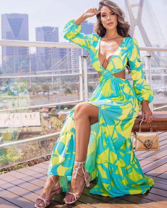 Vestido Thay Longo Floral Crepe Abertura Verde Lima